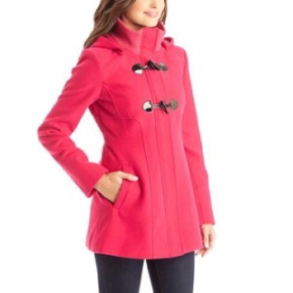 Guess brand coat Warm Guess coat magenta color with a detachable hat. Only been worn once for couple hours. Faux wool material 88% polyester, 10% rayon, and 2% spandex Guess Jackets & Coats Pea Coats