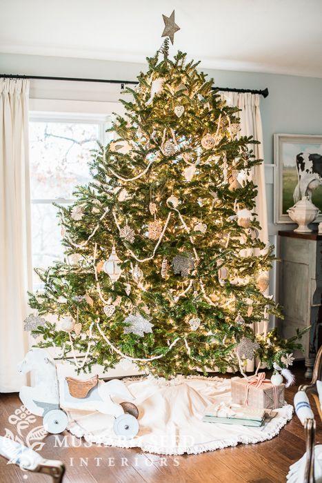 Christmas Decorating Family Room Miss Mustard Seed Christmas Decorations Christmas Tree Decorations Decor