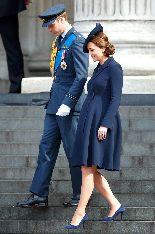 3cdb9c98756bb Kate Middleton's Pregnancy Style: A Coat Extravaganza, March 2015, U.K.