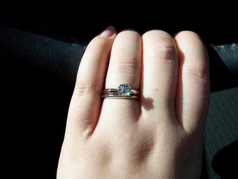 454bb5e879fd Show me your solitaires with plain wedding bands!!!