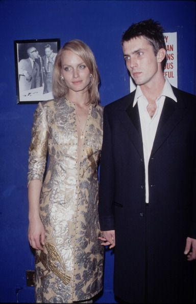 Amber Valletta and Desmond Harrington