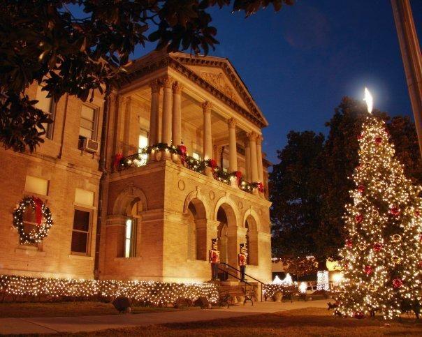 Magnolia Arkansas Christmas Events 2020 The Loft on the Square   Magnolia arkansas, Magnolia, Guest suite