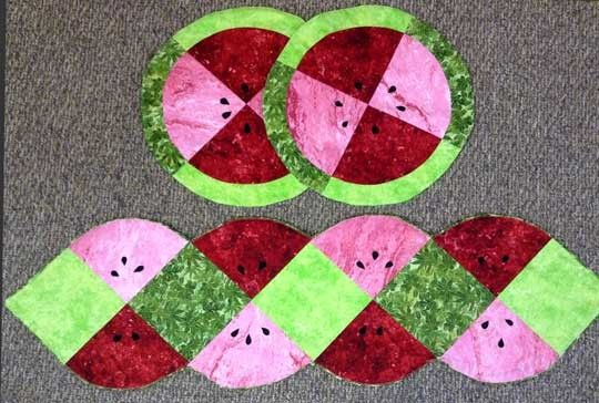 Melon+Twisted+Table+Topper++Placemats+Kit+at+Creative+Quilt+Kits