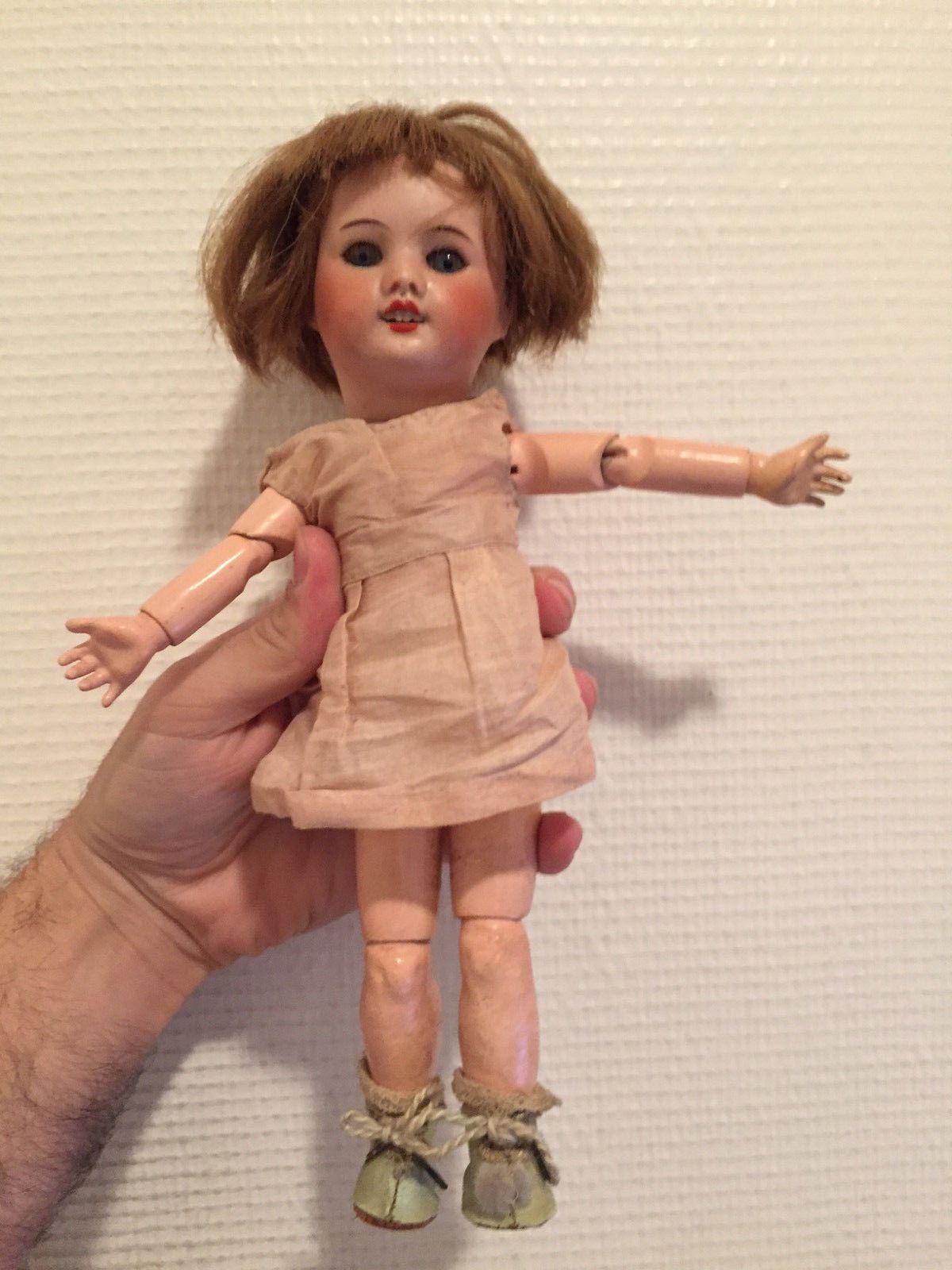 Ancienne petite poupée SFBJ 60 & 4 / 0 type Bleuette / No JUMEAU ...