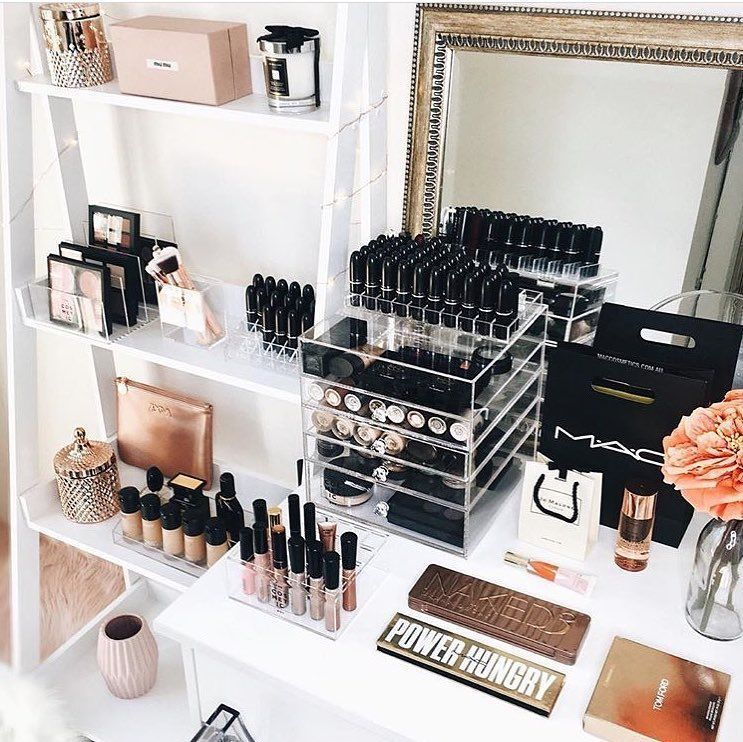 Stylish Storage Ideas For Small Bedrooms: 27 Cute Makeup Storages For Small Bedrooms