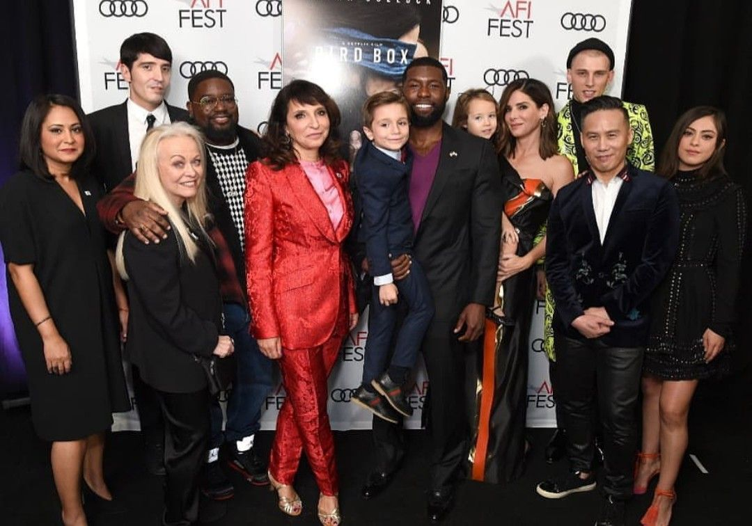 Trevante Rhodes Sandra Bullock And The Cast Of Bird Box Trevante