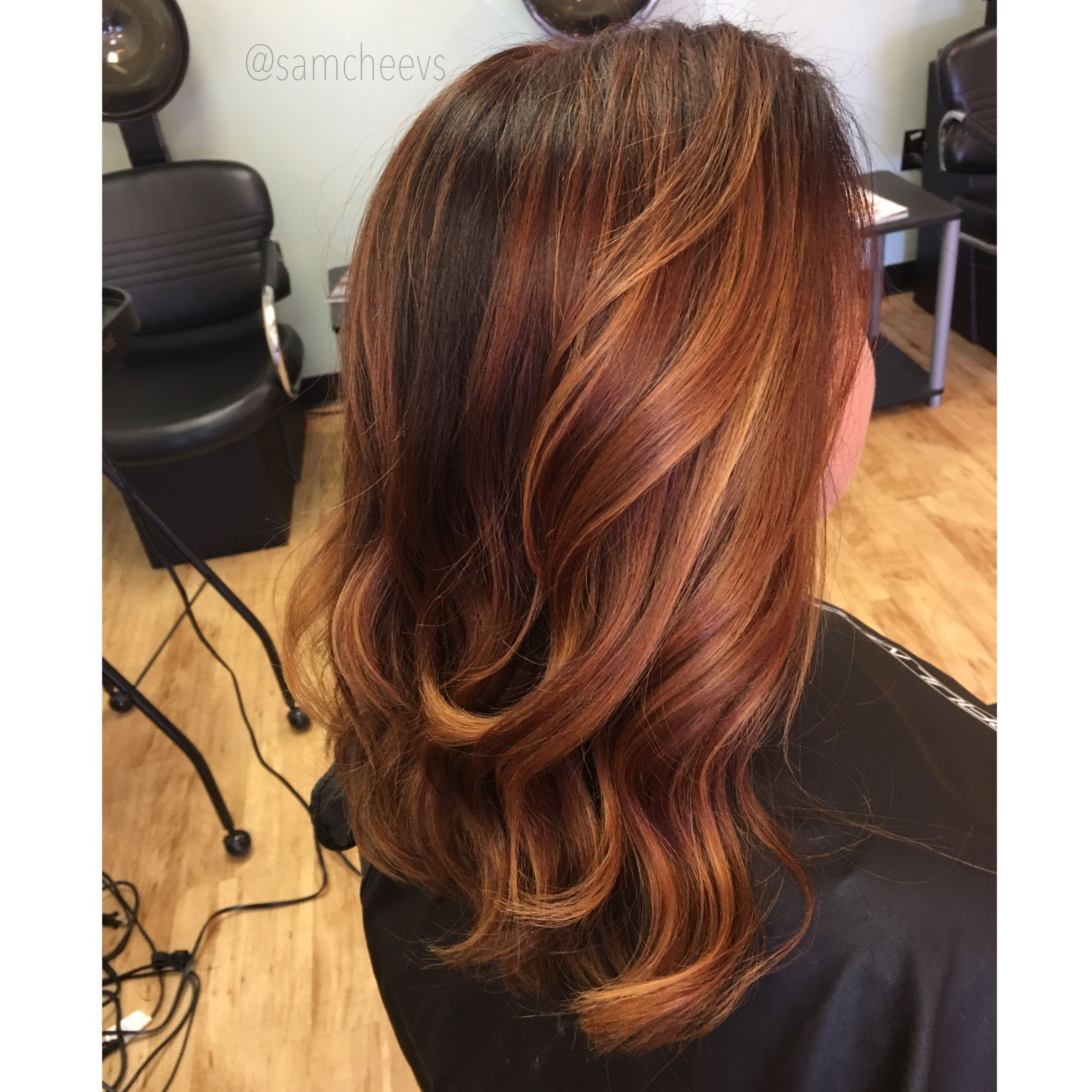 Fall hair color ! Red hair with golden highlights and shadow root ...