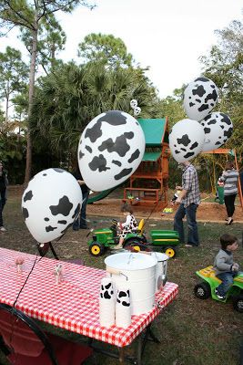 This Mommy Loves Farm Themed 2nd Birthday Party