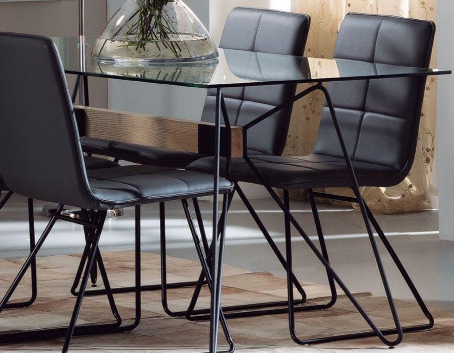 Chaise Design Noire En Metal Duchesse Table A Manger En Verre Table A Manger Metal Mobilier Design