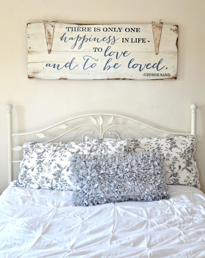 To love and be loved sign wood signs woods and bedrooms