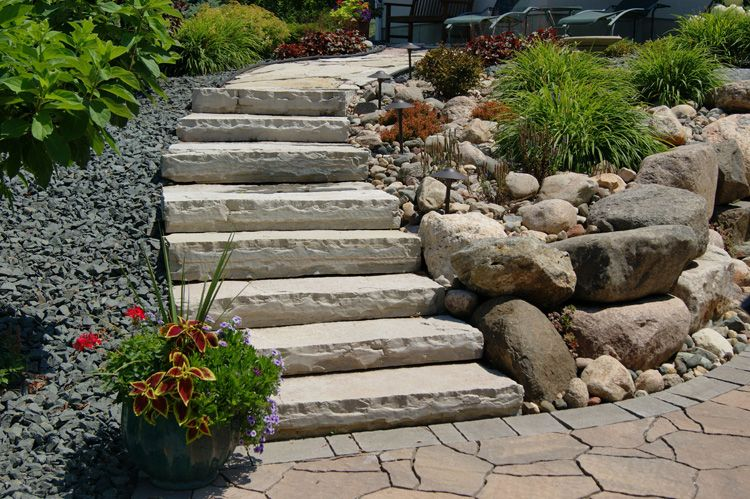 Rock front step stone steps landscaping ideas stone for Exterior stone stairs design