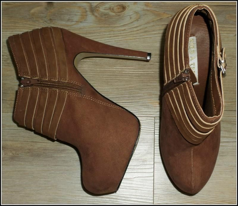 PIED A TERRE cofee brown BOOTIE 7 belt BUCKLE ANKLE BOOT platform heel GLAM shoe