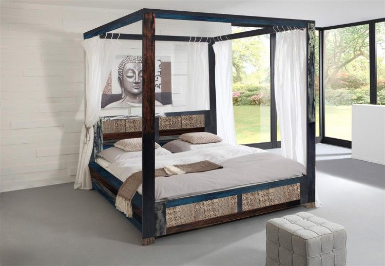 Vintage Himmelbett Goa mit bunten Akzenten und Metallapplikationen - schlafzimmer auf rechnung