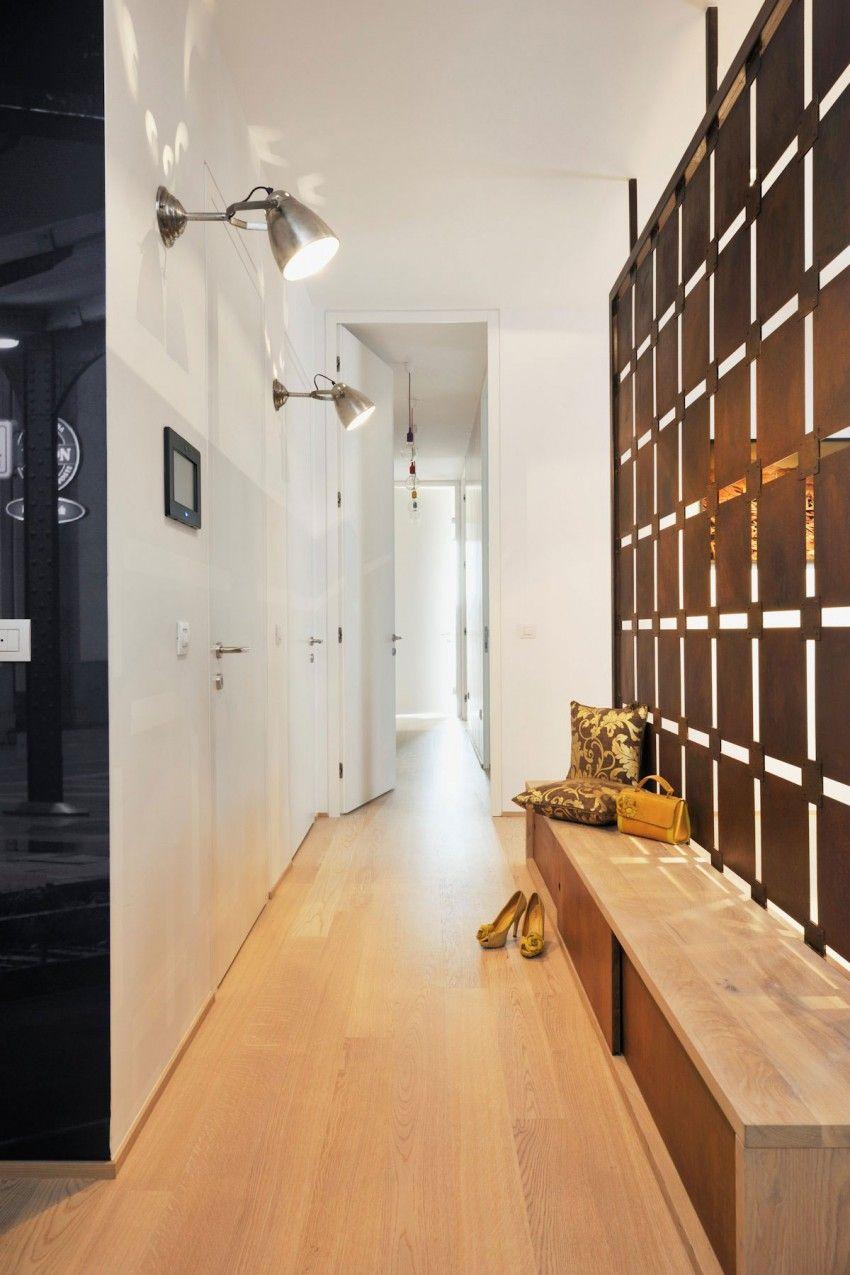 Appartement contemporain noir et bois | Paravent, Couloir et Bancs