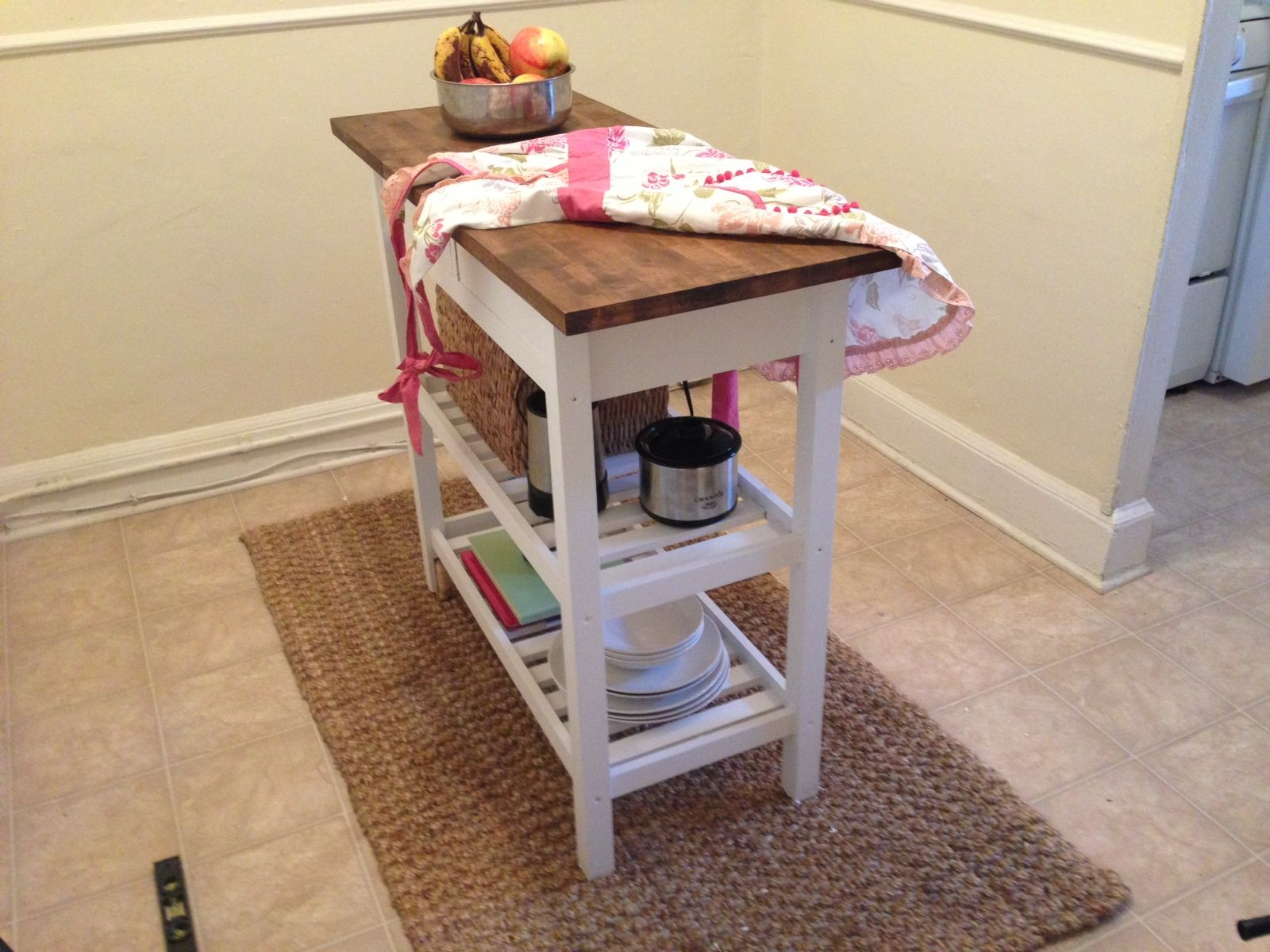 Ikea kitchen cart painted - Lately The Murphy Household Has Been Conquering Some Big Projects And The Fun Little Diy Endeavors Ikea Trolleykitchen