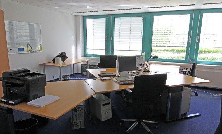Plätze oder privates Büro direkt an der Bonner Straße #Büro, #Bürogemeinschaft, #Köln, #Office, #Coworking, #Cologne