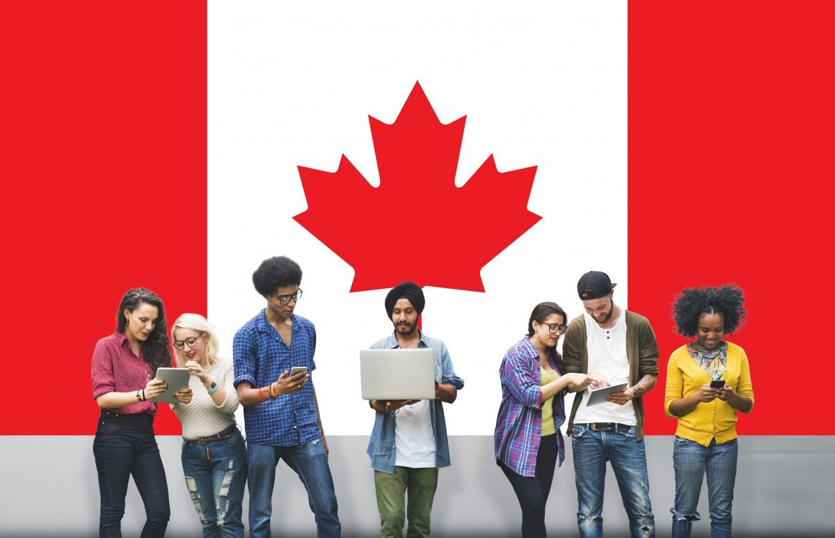How much does it cost to study in canada university of
