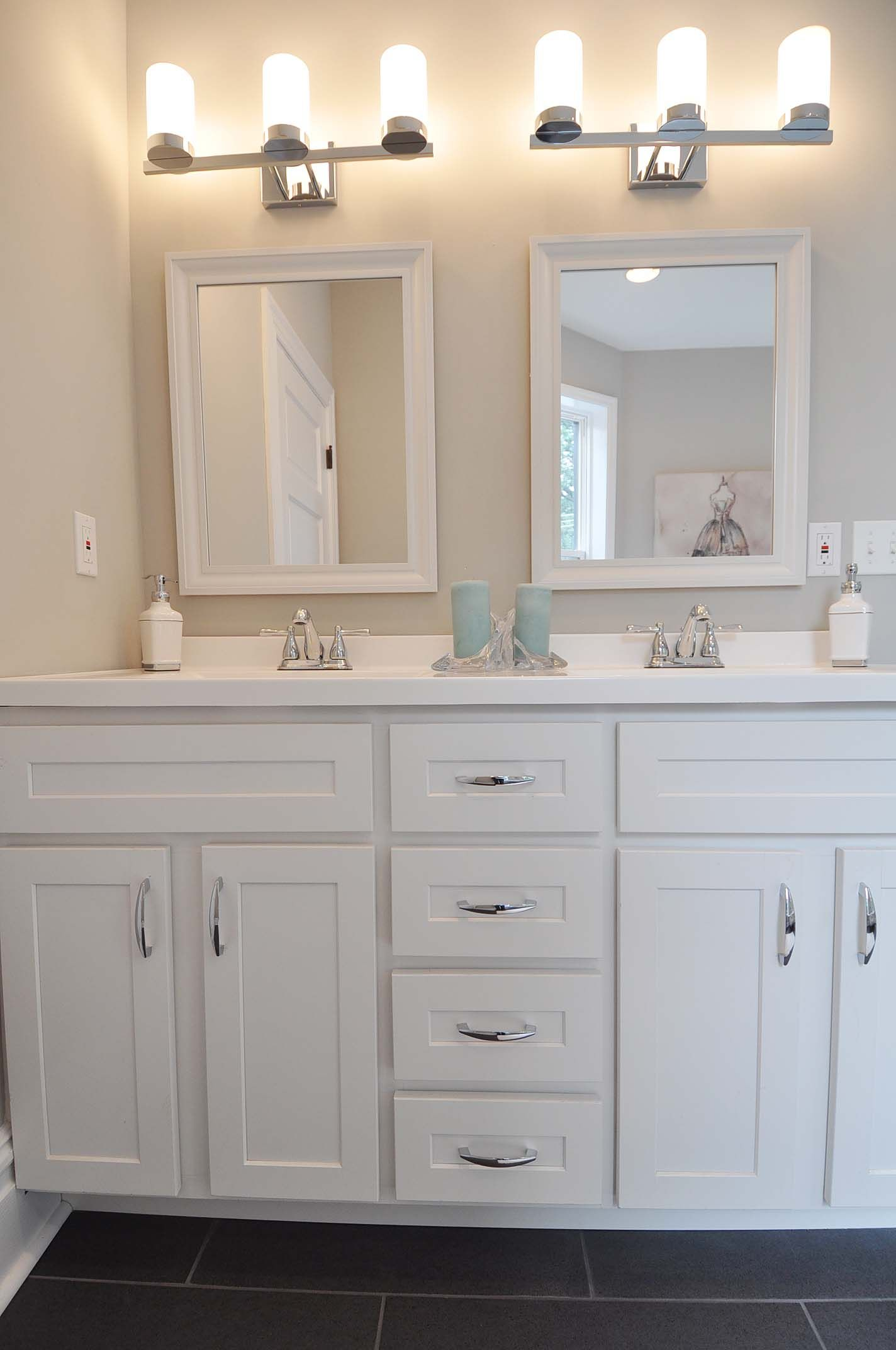 Double Vanity With White Shaker Cabinetarble Top
