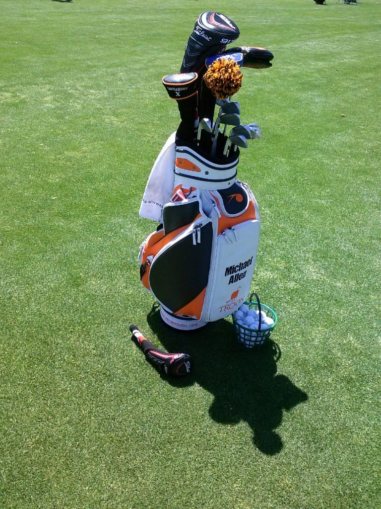 Michael Allen and his Sunfish Headcovers www.sunfishsales