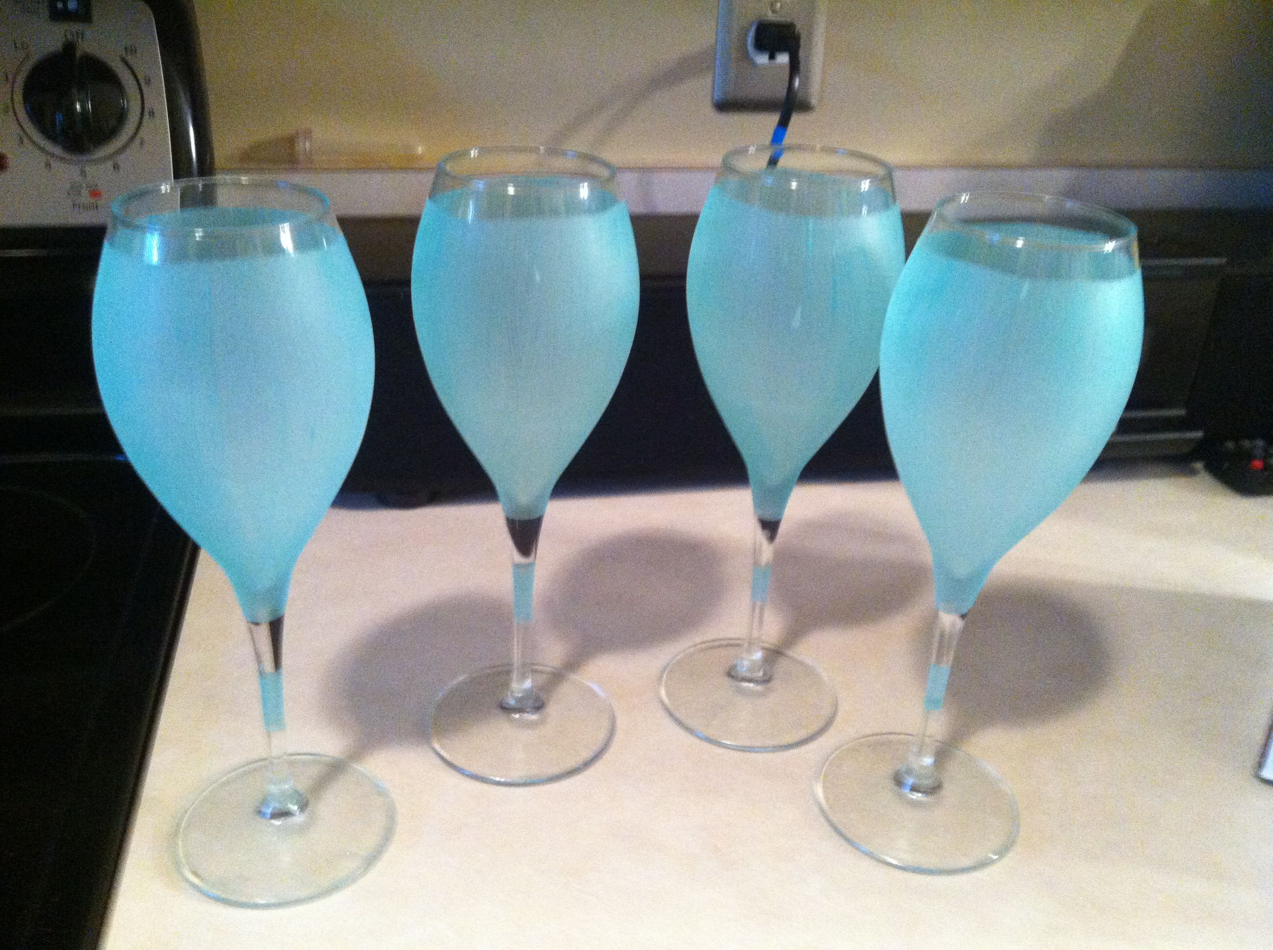 Easy Frosted Wine Glasses Martha Stewart Makes A Glass Paint