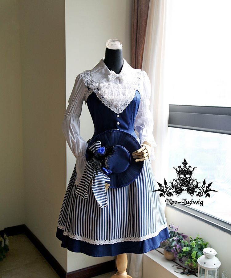 Aaaand some new favourites from FanPlusFriend's site! The Lady Marine Rococo Lolita