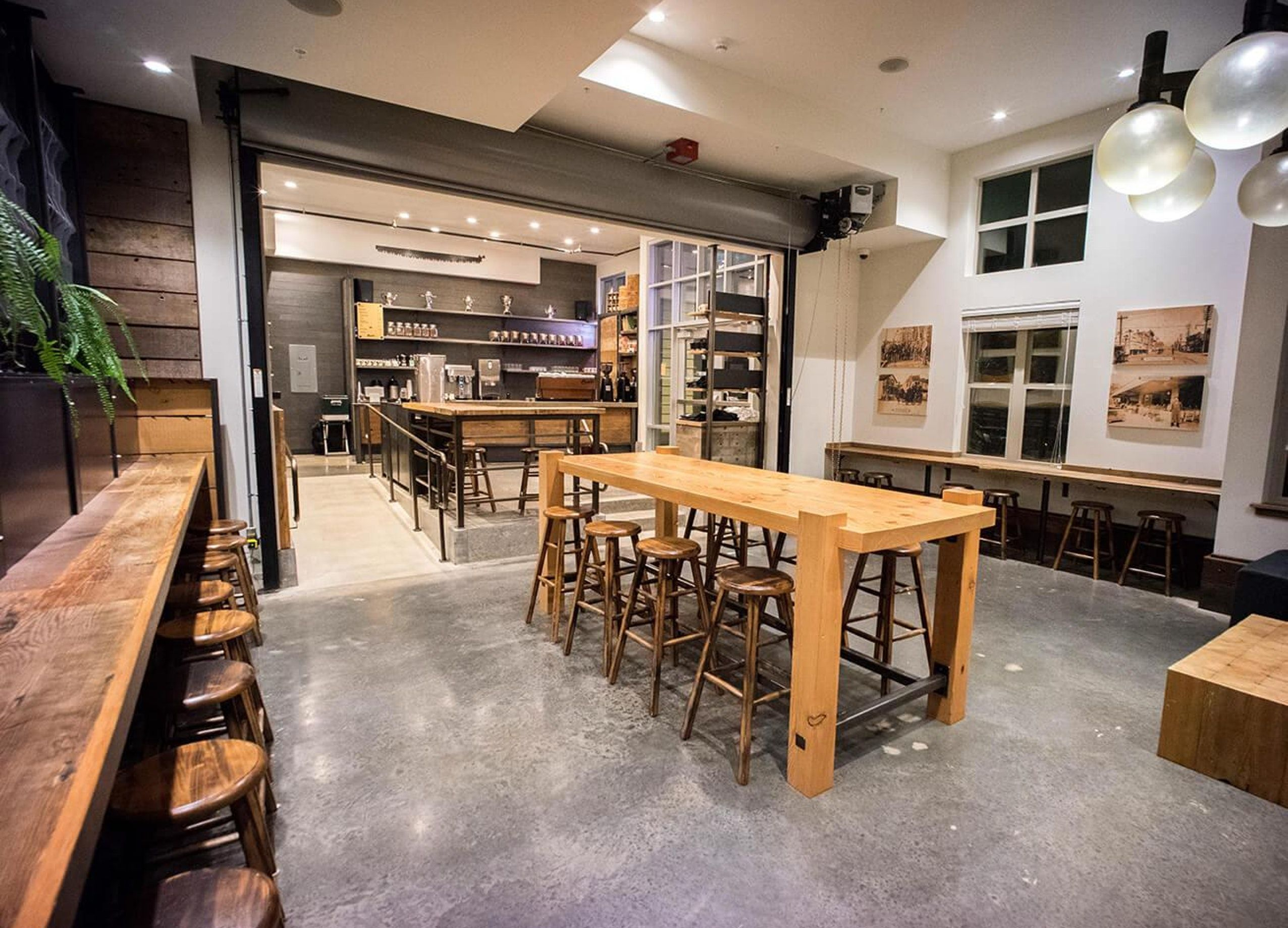 Large Bar Table And Stools