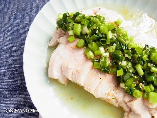 食卓にあと1品欲しい時、電子レンジを使って簡単に出来る料理があると便利ですよね。冷蔵庫にあるもので出来る、電子レンジでチンするだけのスピード副菜レシピをご紹介します。