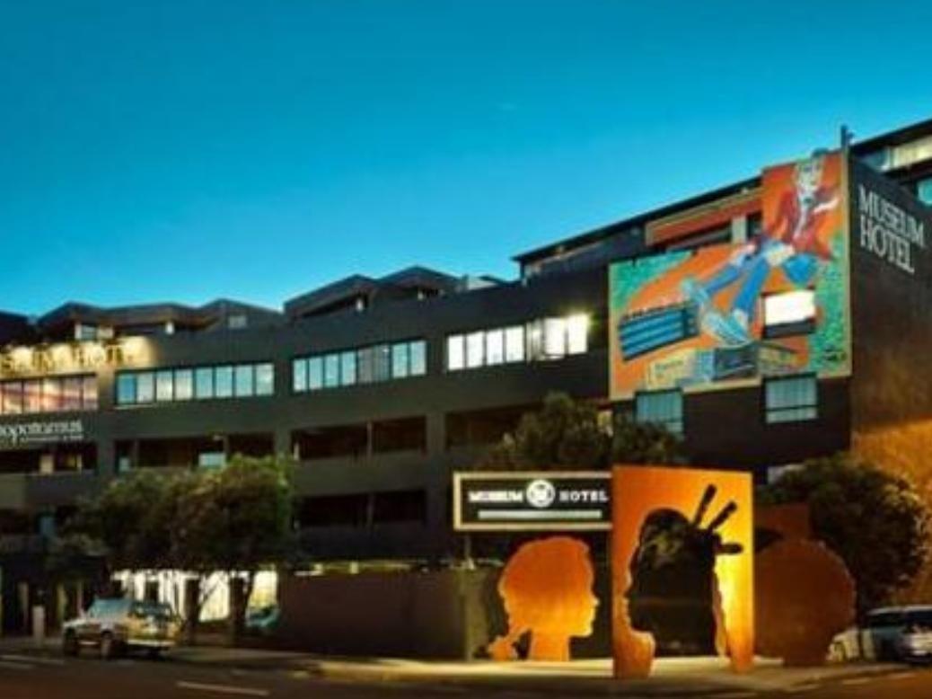 Wellington Museum Art Hotel Apartments New Zealand Pacific Ocean And Australia Museum Art Hotel Apartments Is Perfectly Lo Wellington Hotel Hotel Museum Hotel