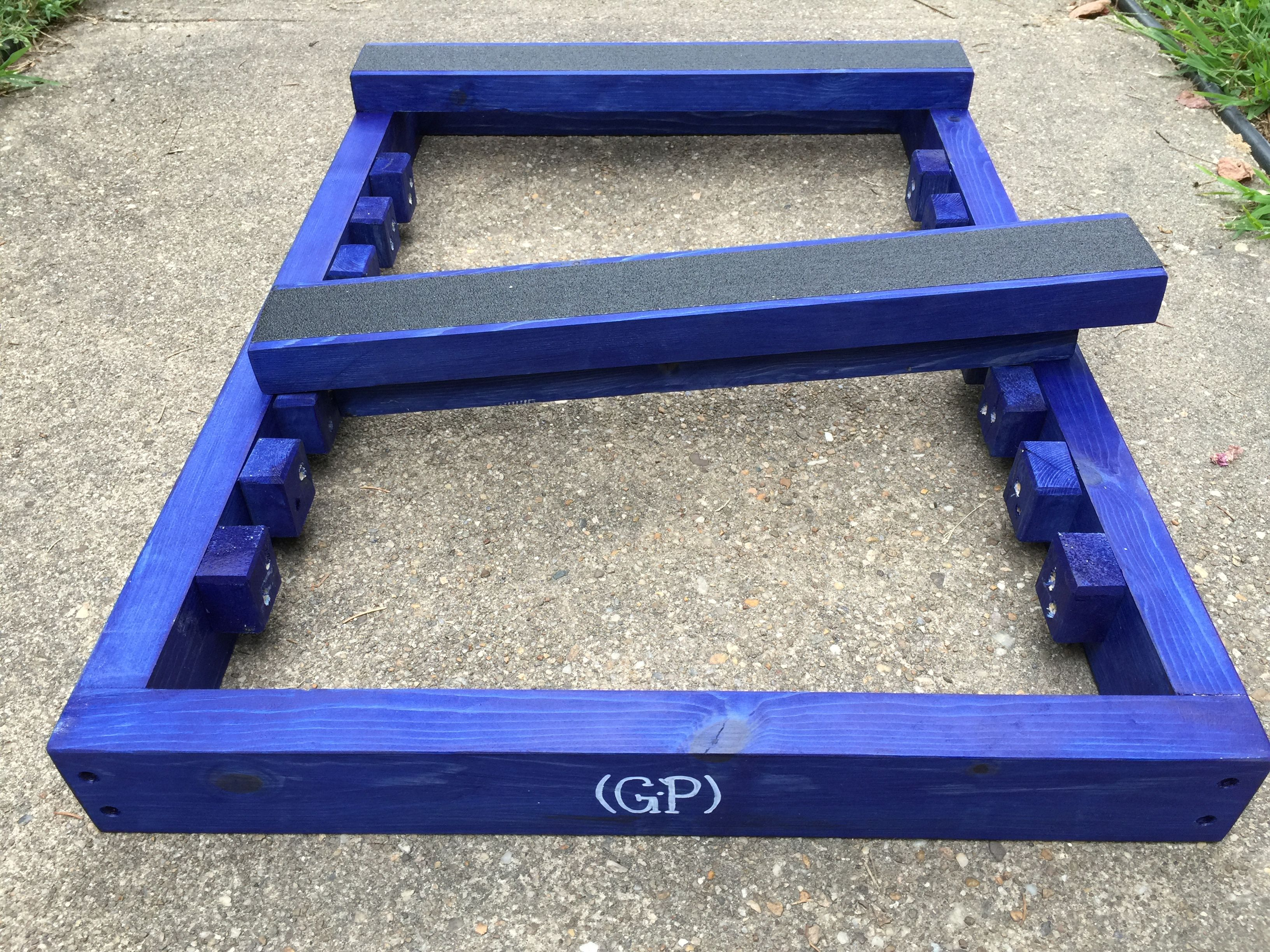 Our Blue Stained Standard Stacking Stand Get Your Dog Trained To