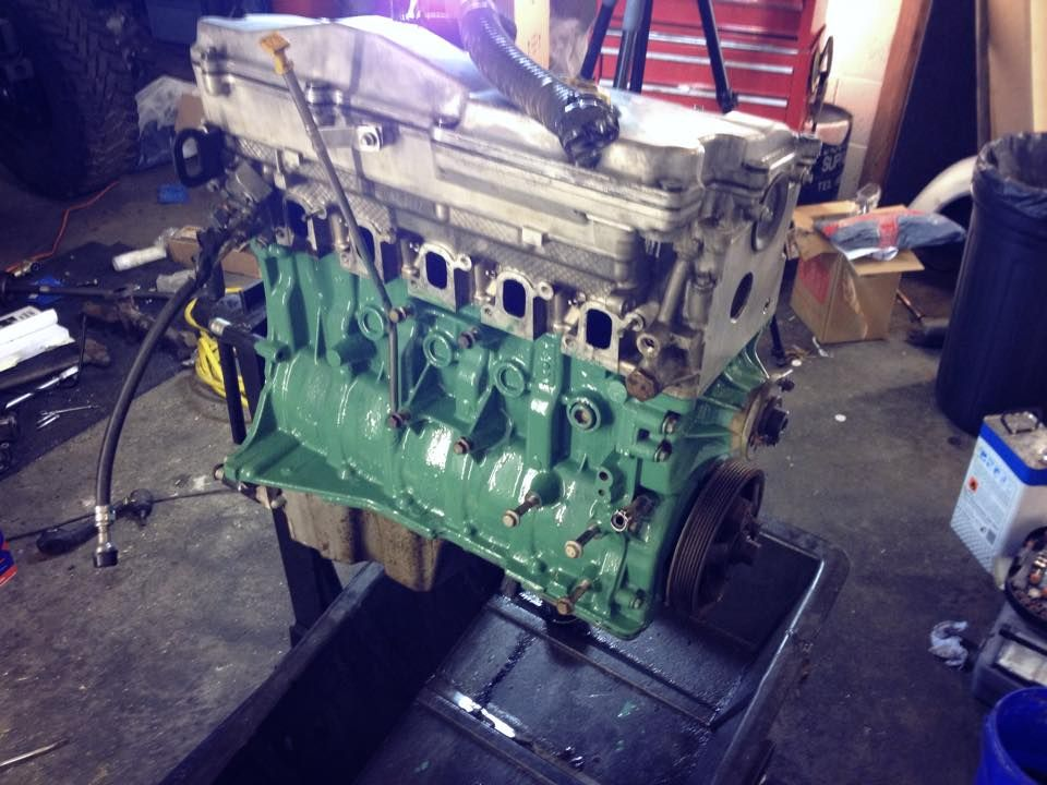 Por15 buick green engine enamel paint on td5 block funrover http frost restoration malvernweather Choice Image