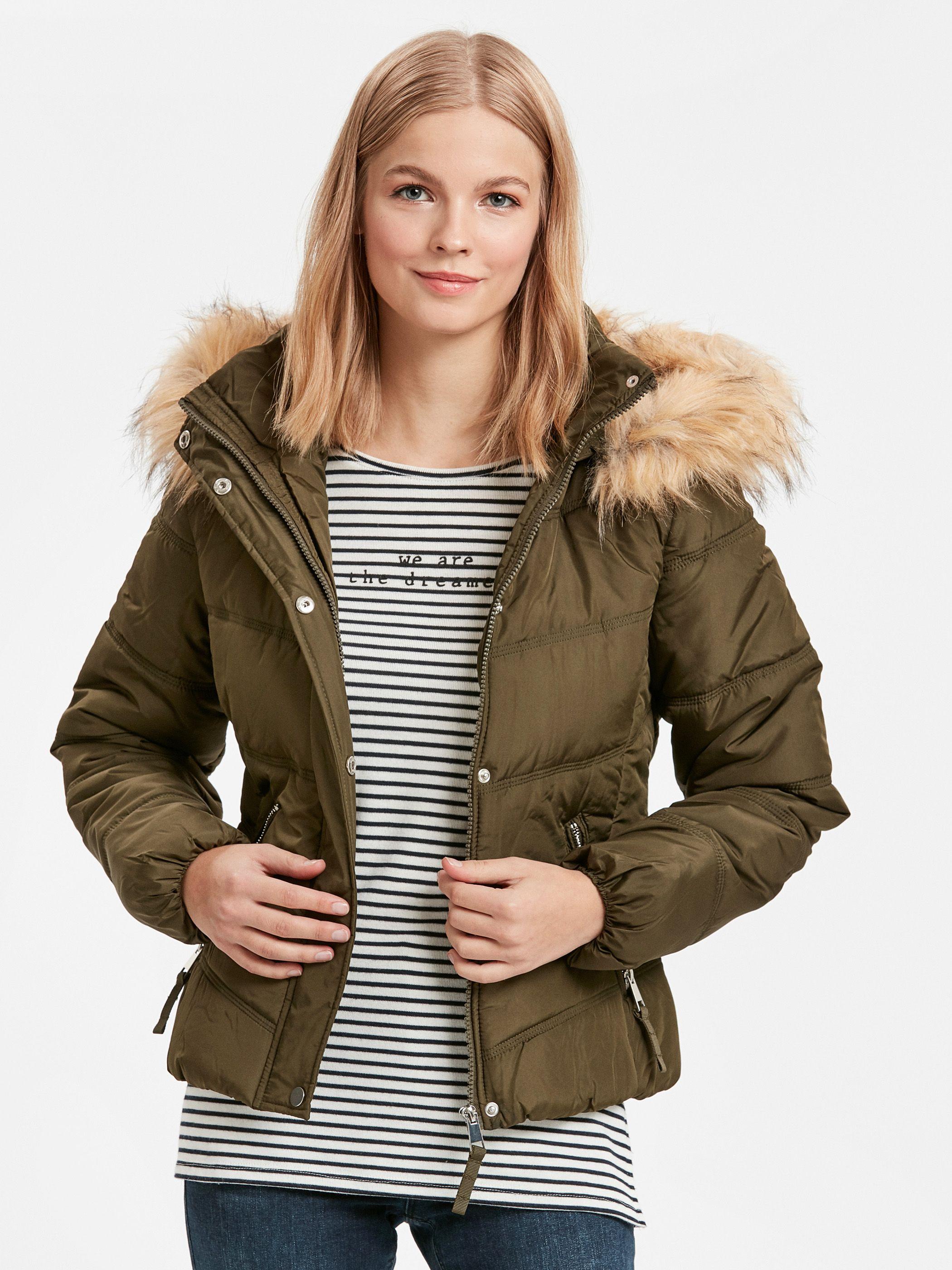 کاپشن کوتاه دخترانه| فروشگاه اینترنتی لباس | Winter jackets, Jackets,  Fashion