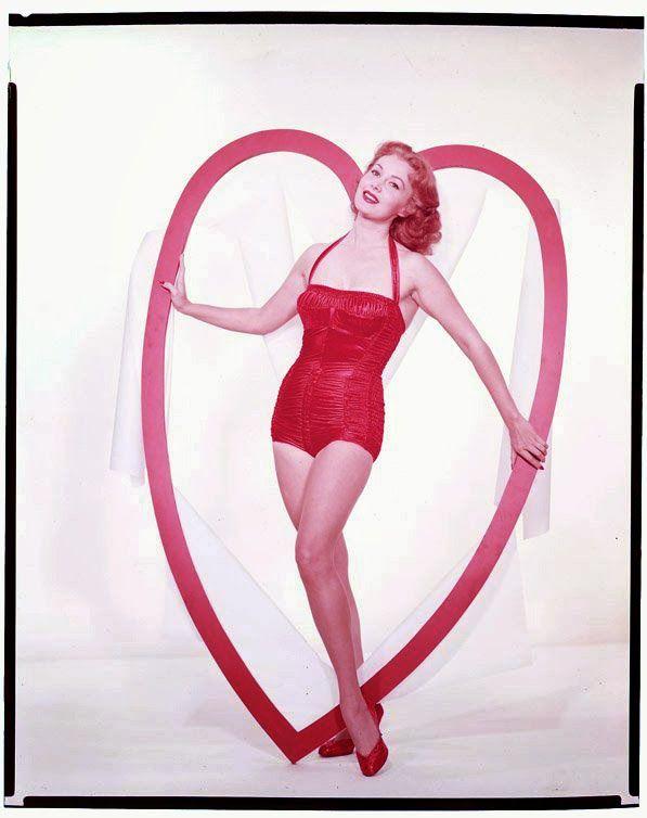 vintage-valentines-day-pinup_rhonda-fleming.jpg (597×754)