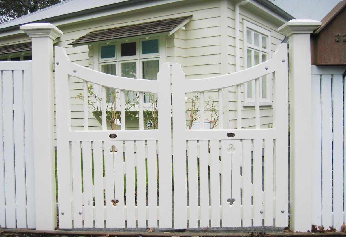 Homestead Wooden Gates Fences Driveway Gates Wooden Gate