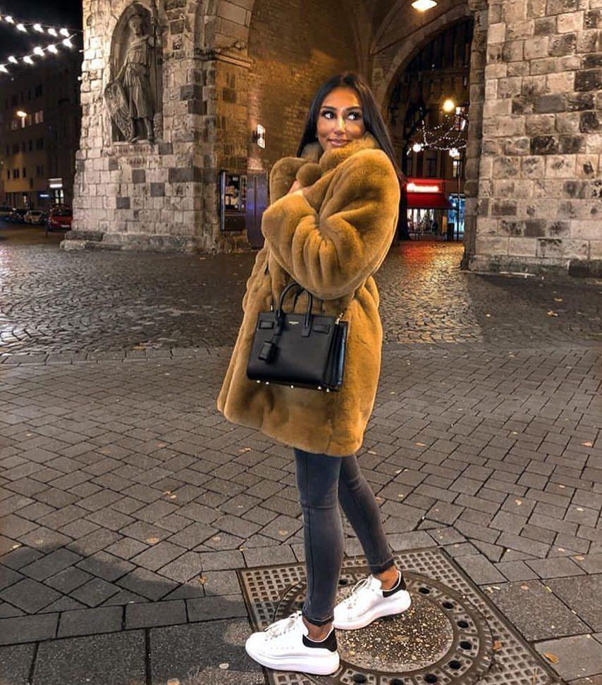 "Photo of Luxury Handbag Lover on Instagram: ""@jilvanhelen"""