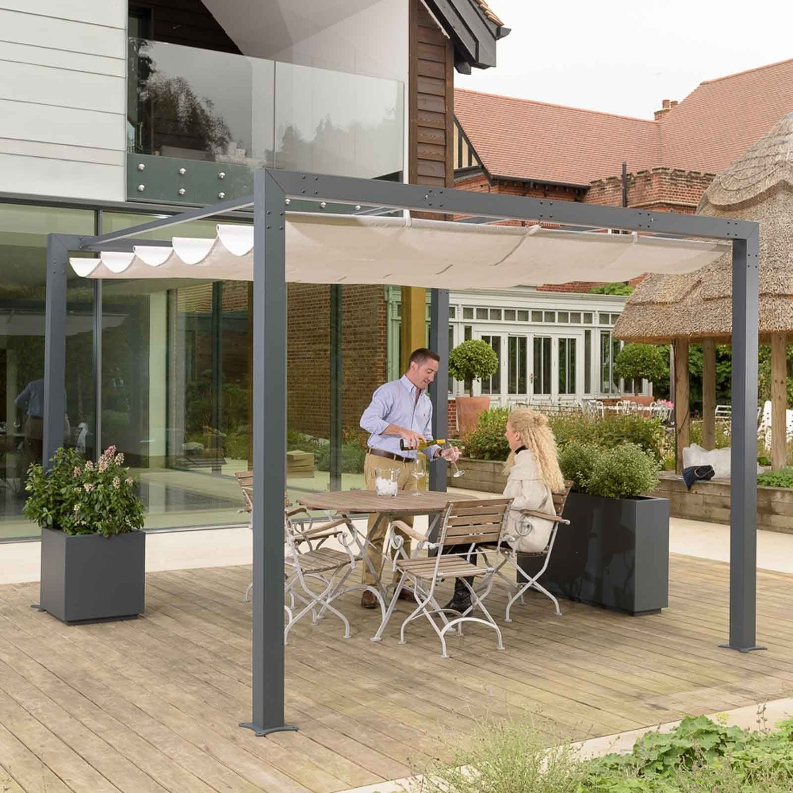 Harrod Contemporary Pergola With Retractable Awning Harrod Horticultural In 2020 Pergola Retractable Awning Pergola Patio