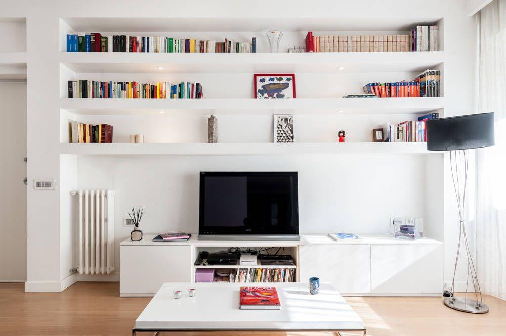 La parete attrezzata soggiorno moderno di zero6studio for Soggiorno minimalista