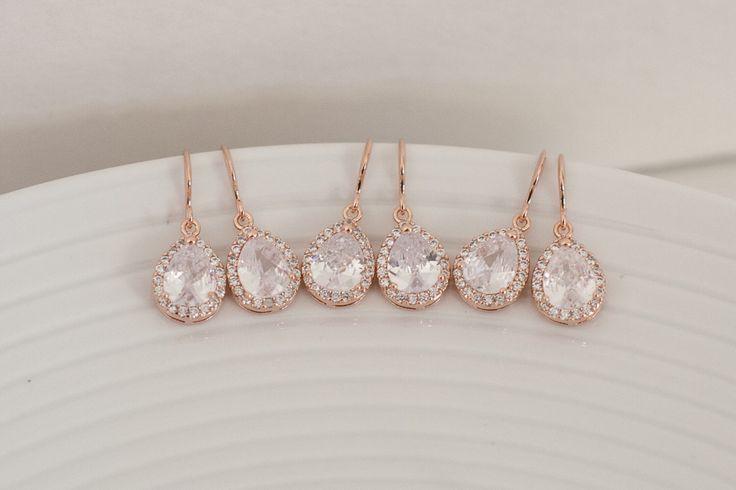Rose gold bridesmaid earrings #bridemaidshair