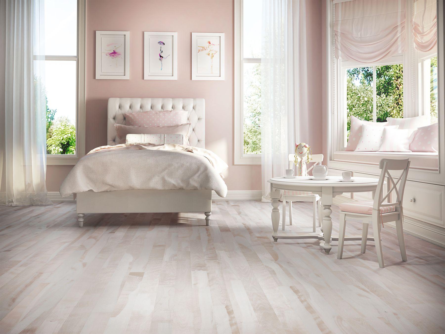 Chambre D Enfant Fille Rose Pale Et Blanche Plancher Bois