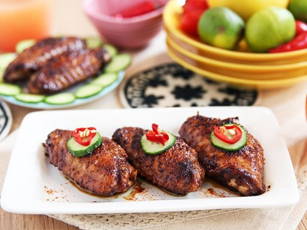 Spicy chicken wings daydaycook appiteazers and party daydaycook is the hottest new culinary website across asia offering step by step instructions and videos on how to cook chinese food recipes forumfinder Choice Image