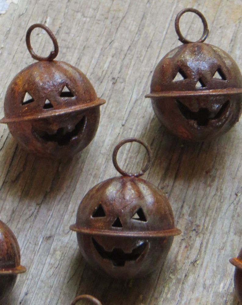 12 Rusty Metal Pumpkin Jack O Lantern Jingle Bells Bat Primitive - Primitive Halloween Decor