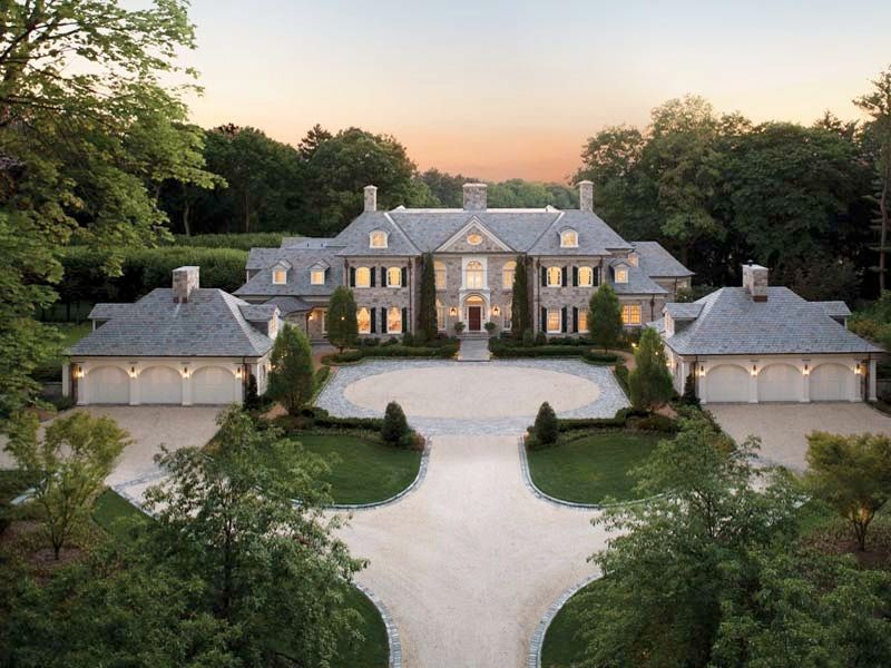 Family Compound House Big Enough For Two Families Plus Parent In Law Cottages And Or Garages And Or Poolhouse Belle Maison Architecture Maison De Luxe