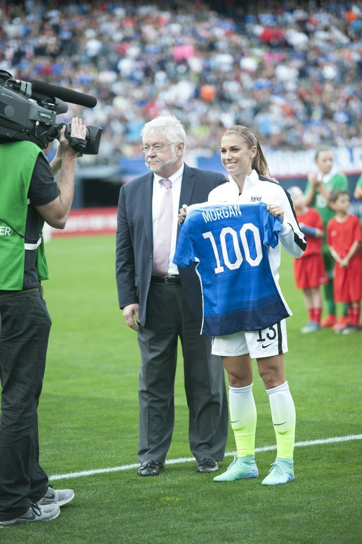 100!!!! Yay!!! - Makeup - Woman - Beauty   Us women's national soccer team, Girls soccer team ...