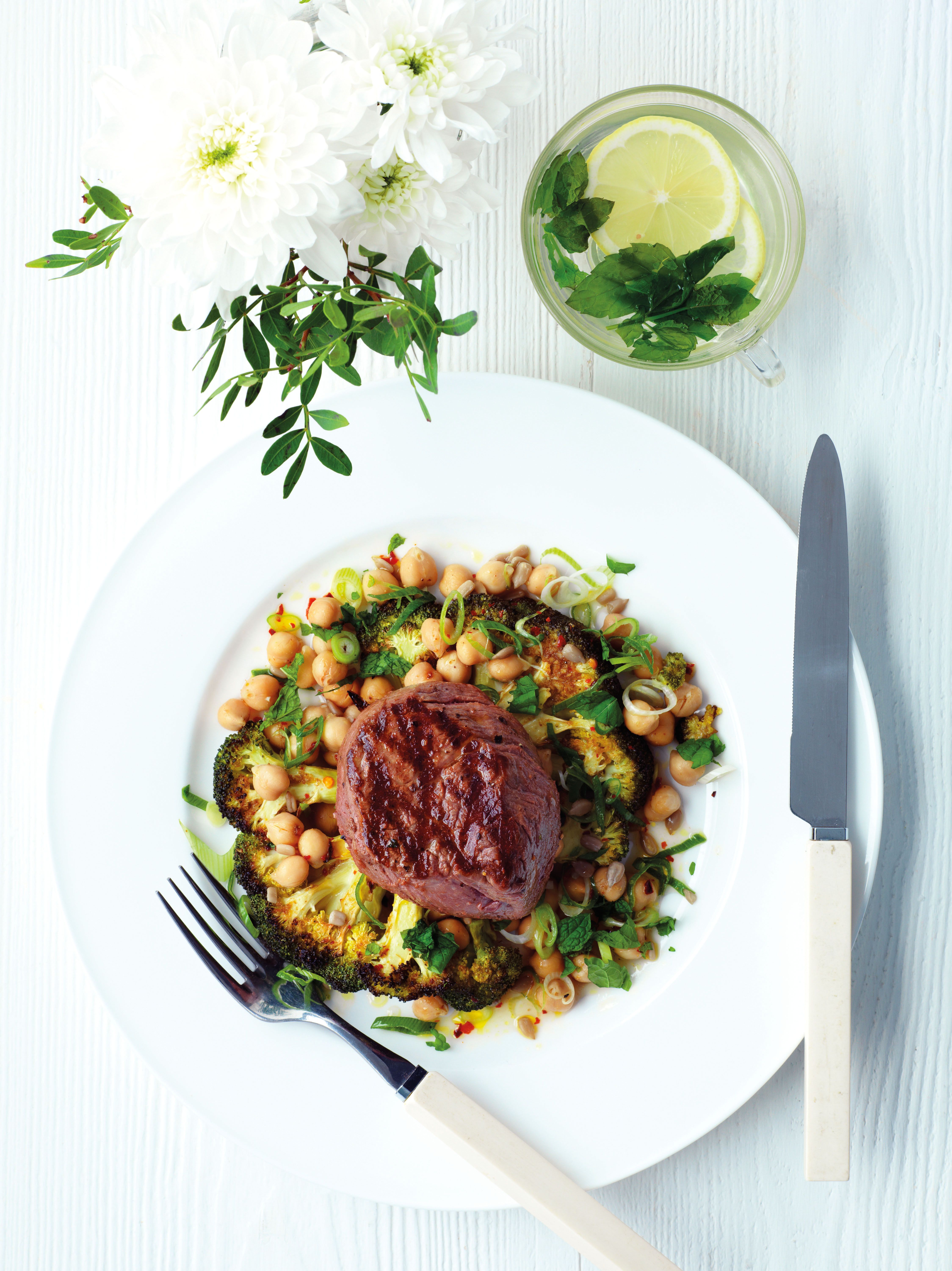 Over the last week I've been delighted to be working with Simply Beef and Lamb to share delicious recipes that are not only tasty but are also healthy and quick and easy to make.You can find the first recipe I posted for a deliciousAromatic Steak Salad with Freekeh and Chimichurri here, and the second recipe...