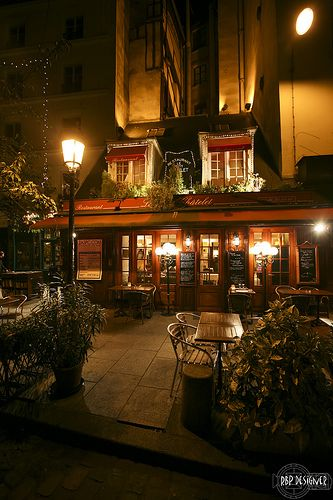 Restaurant Le Petit Chatelet ~ Paris, France