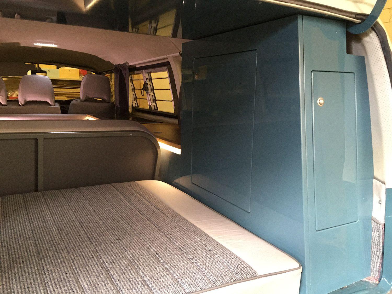 T2 bay window interior neptune blue wardrobe vw bus for Bay window interior