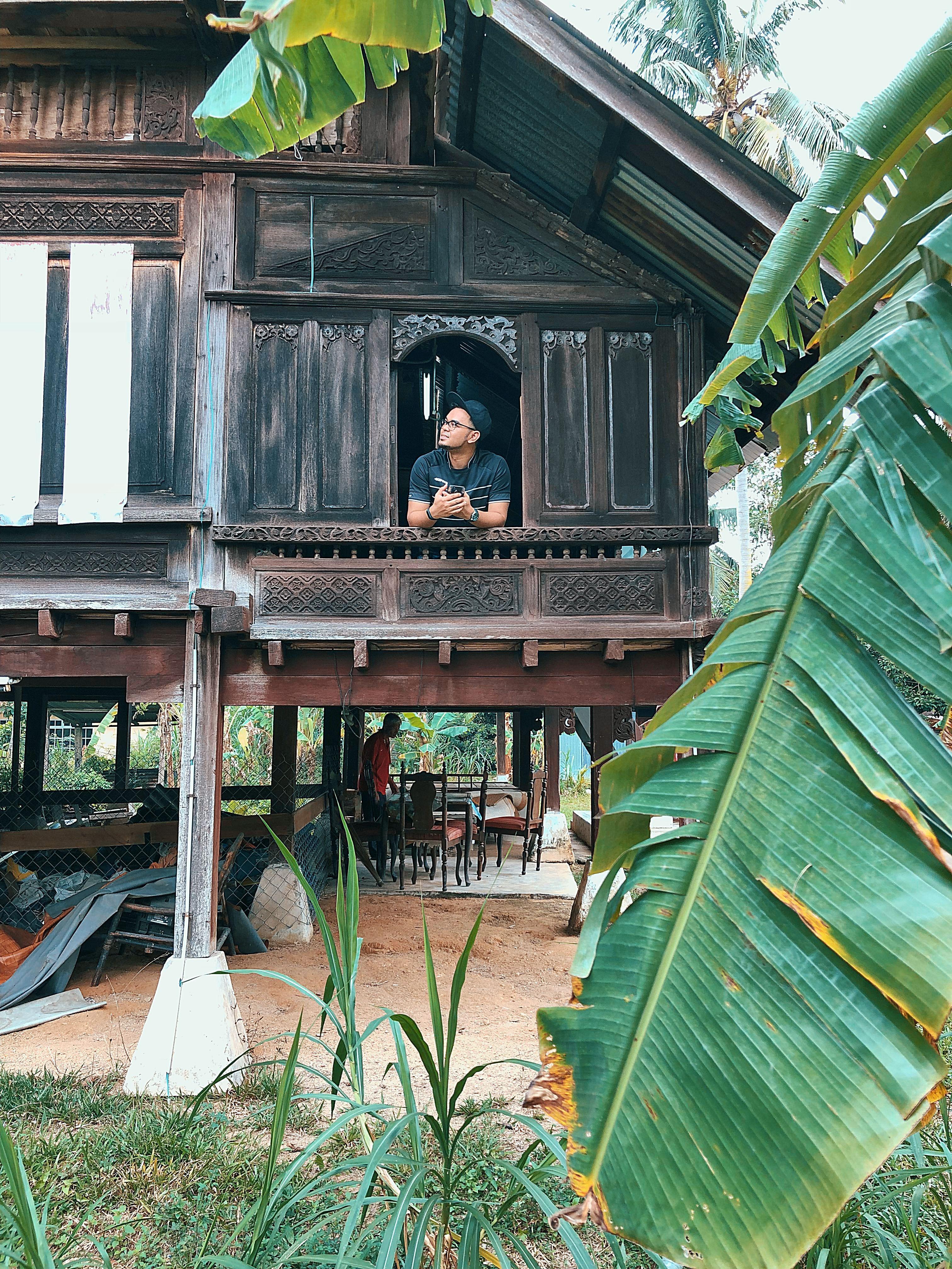 Pin by roy terachi on RUMAH KAMPUNG MELAYU House styles