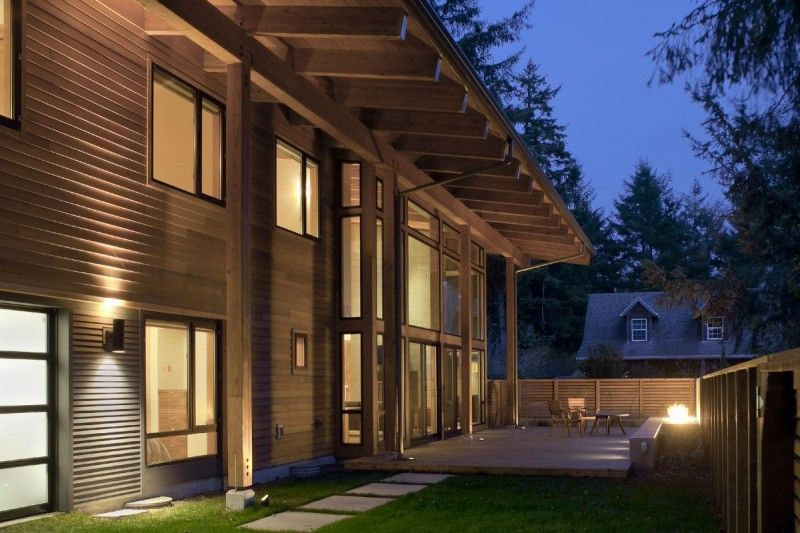 Wooden House of Mulligan Residence By Rick Berry Wooden House