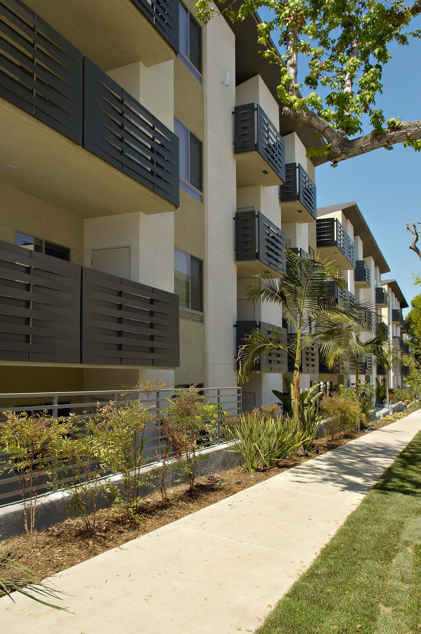 Bok Modern Slotted Balcony Railings Laser Cut Panels For