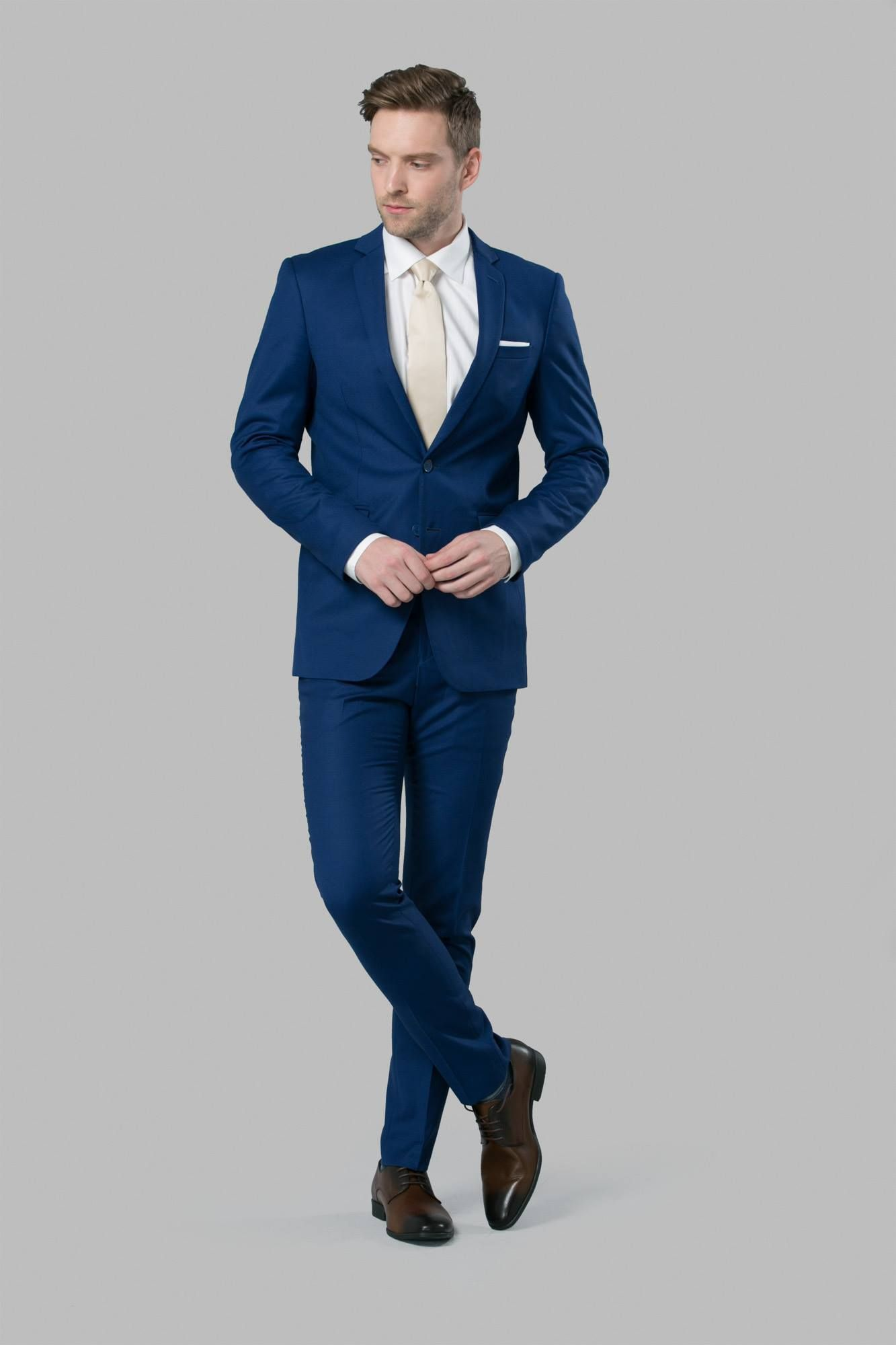96ec52150a94 Navy Suit with Champagne tie | Dream Grooms in 2019 | Blue suit ...