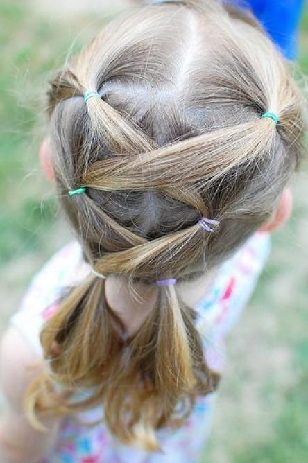 かんたん 不器用でもすぐできる 子どものためのヘアアレンジ 女の子 髪型 アレンジ 子供髪型アレンジ 女の子 ヘアアレンジ